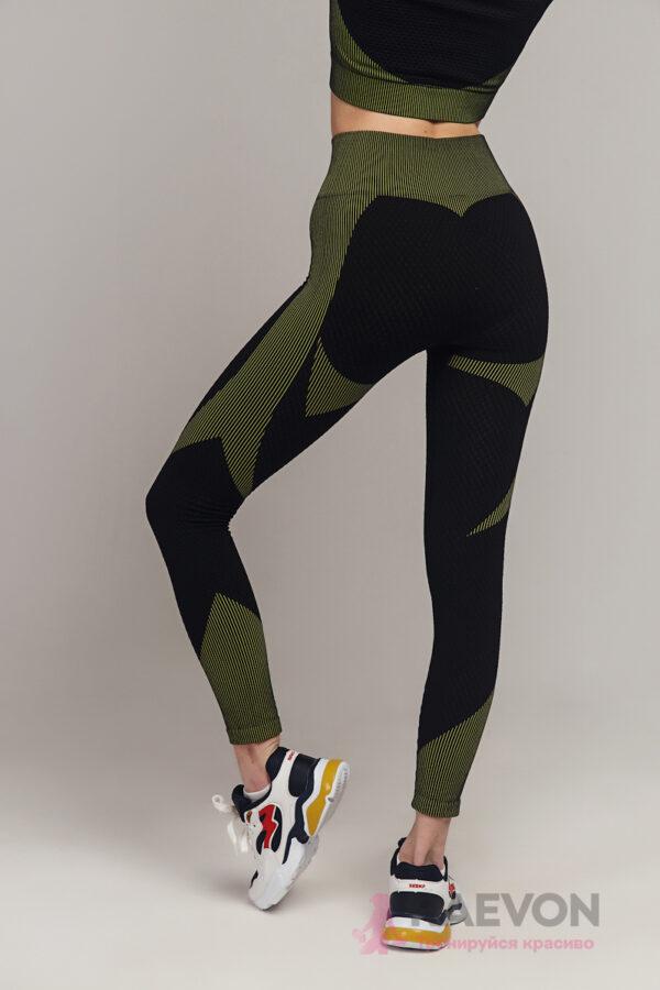 Фитнес костюм женский для занятия спортом